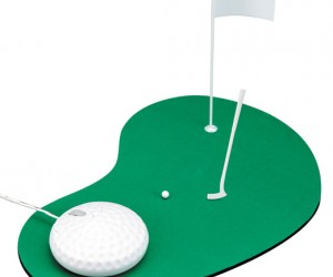 Play Tiny Golf With the Greenhouse Golf Mouse