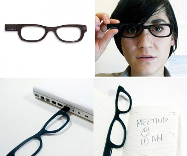 Four Eyes USB Eyeglasses Help Your Memory, Not Your Vision
