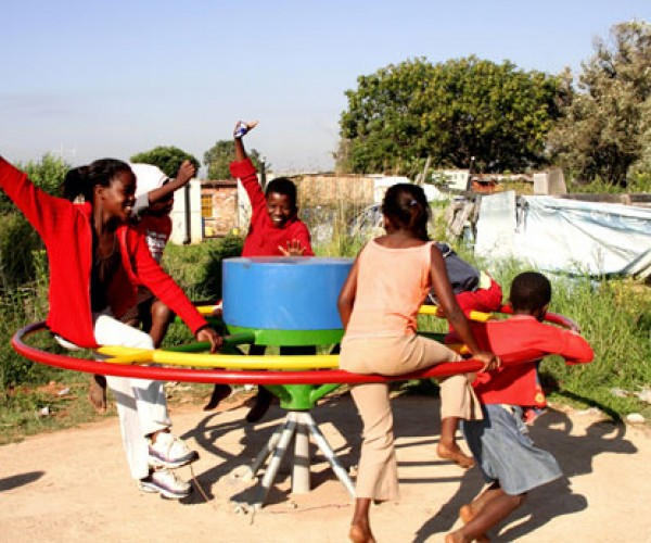 Playpump Helps Quench Thirst the Fun and Simple Way