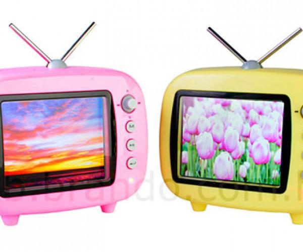 Qtv Digital Photo Frame Looks Like a Tiny Television