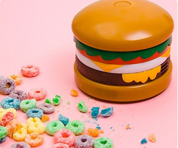 Cheeseburger Vacuum Contains Meat, Lettuce, Tomato, Onions, Dust and Crumbs