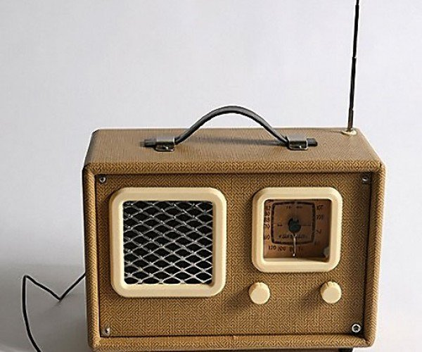 Crosley Nomad Portable Radio: Retro Look, Modern Sound
