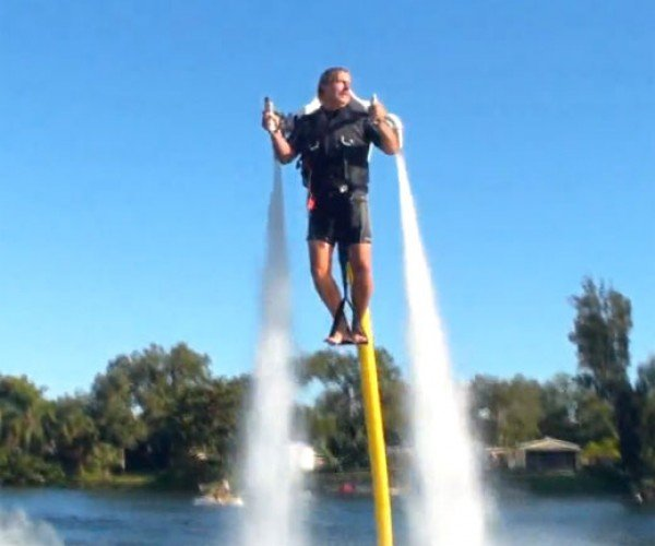 Jetlev Water Powered Jet Pack Laughs in the Face of Jet Skis