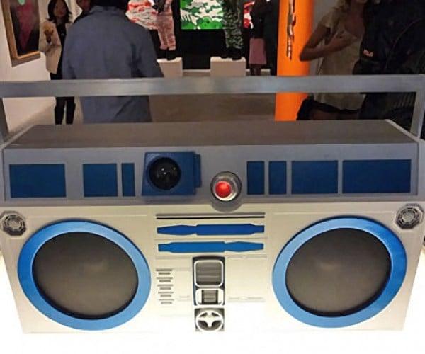 R2-D2 Boom Box: Take That at-at!