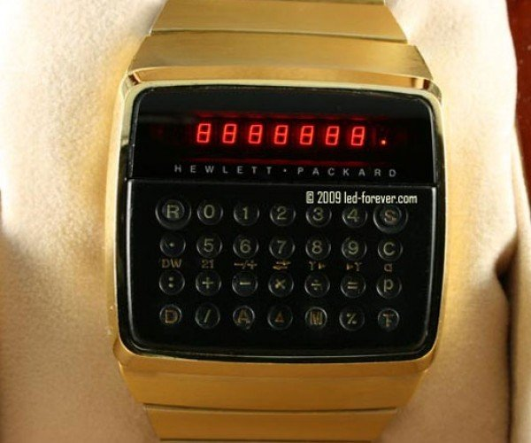 Amazingly Preserved Hewlett-Packard Hp01 LED Calculator Watch Hits Ebay, Offers Rare Glimpse Into Geek History