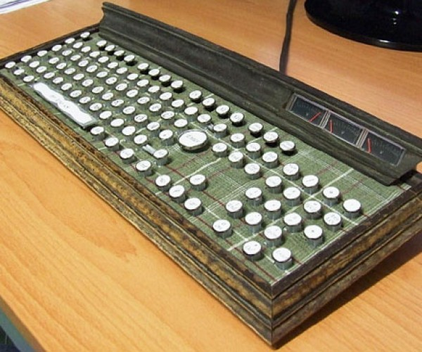 Steampunk Keyboard Makes Old Look New Again