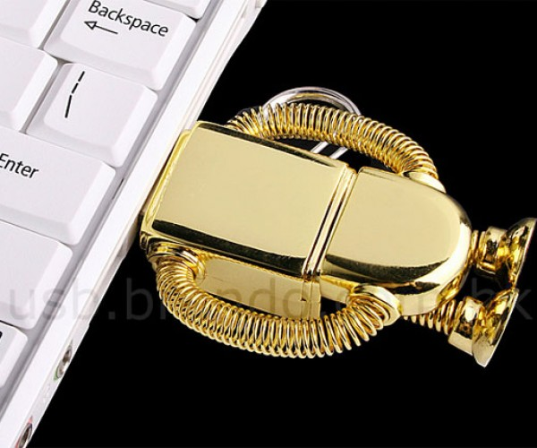 USB Robot Flash Drives Lose Their Heads
