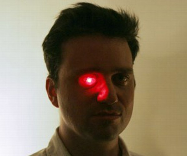 Eyeborg: Canadian Filmmaker Installs a Red LED Into His Prosthetic Eye