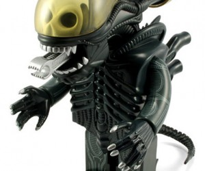 Giant Alien Kubrick Will Scare Your Other Toys Away