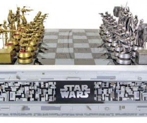 Star Wars + Chess = the Ultimate Geek Board Game