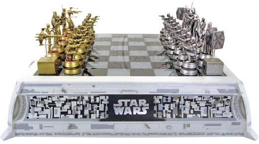 IMAGE(http://technabob.com/blog/wp-content/uploads/2009/04/star_wars_chess_set.jpg)