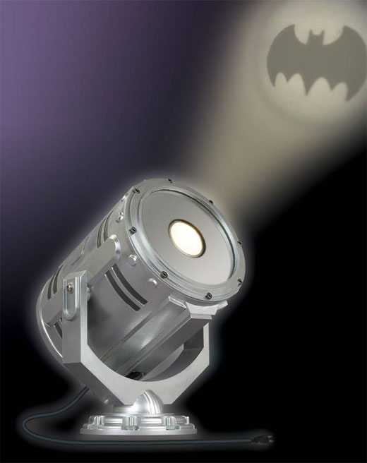 Desktop Bat-Signal Hails Bugs Not Bats - Technabob