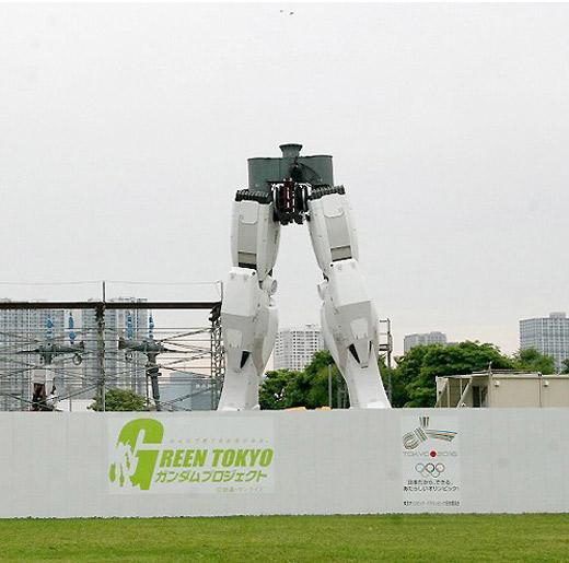 gundam-statue-5