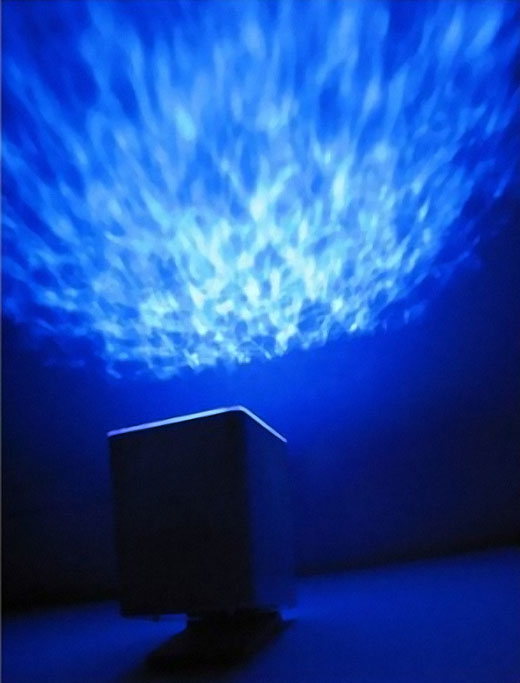 Projector Pot Casts A Relaxing Ocean On Your Ceiling
