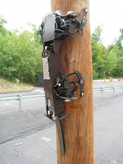 risev3_pole_climbing_robot