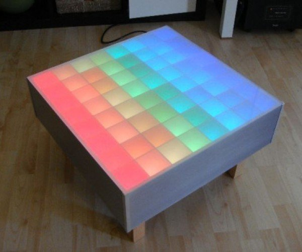 Screw Hi-Def: Student Builds 64 Rgb-LED Color Tv