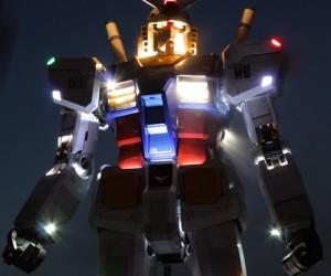 Gundam Statue is Alive!!! *Cries*