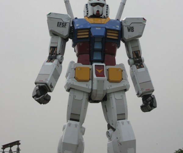 Giant Gundam Statue Fully Constructed: J*Zz in My Pants