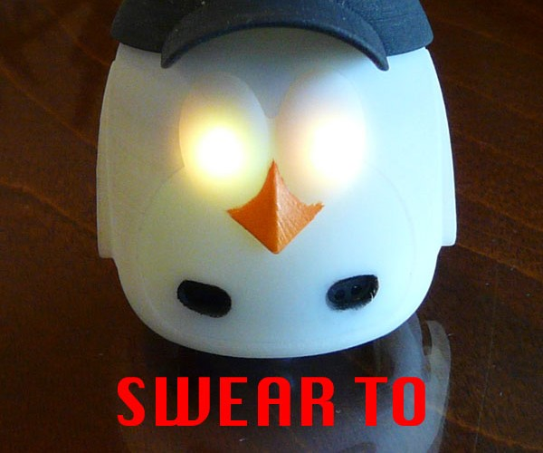 Mydeskfriend Penguin Robot Toy Wants You to be Alone So It Can Keep You Company
