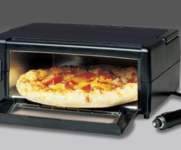 Portable Pizza Oven Lets You Cook-a Nice-a Pizz-a Pie in a Moving Car