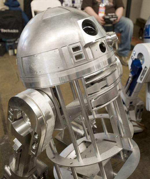 r2-d2 star wars maker faire