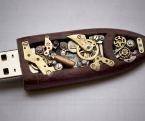 Jaw-Dropping, Wallet-Emptying Steampunk Flash Drive