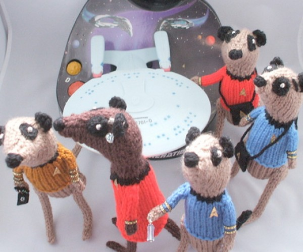 Knit Star Trek Meerkats. Yes, Meerkats.