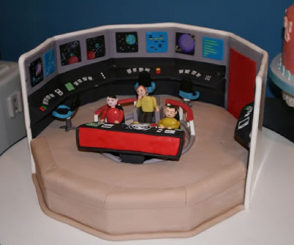 Star Trek Cakes Might Not Help You Live Long