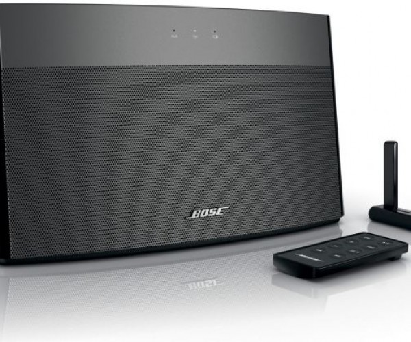 Bose Soundlink Lets You Send Your Music to a… Considerable Distance
