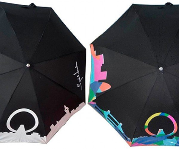 Color-Changing Umbrella Lets the People Around You Know That It'S Raining