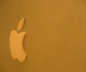 Macbook_Cake_Logo