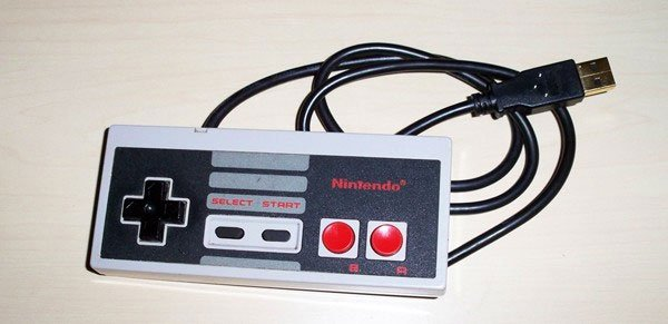 nintendo_nes_flash_drive