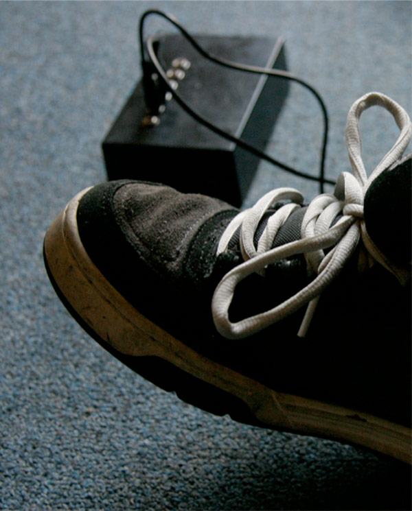 beat sneaks arduino drum shoes hack