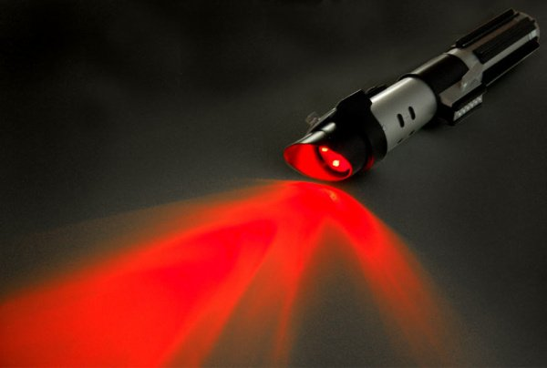 vader lightsaber flashlight 1