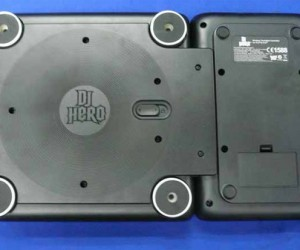 dj hero controller bottom 300x250