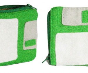 3.5-Inch Floppy Disk Change Purse Holds Coins, Not Data
