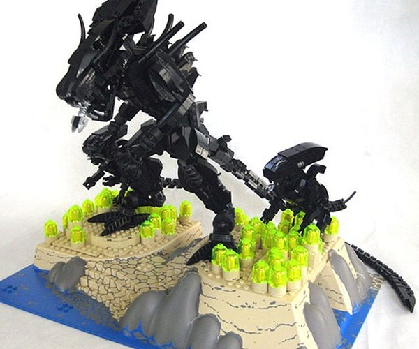 Giant LEGO Aliens Are Somehow Cute