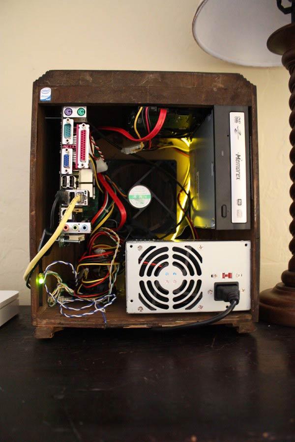 antique-radio-pc-case-3