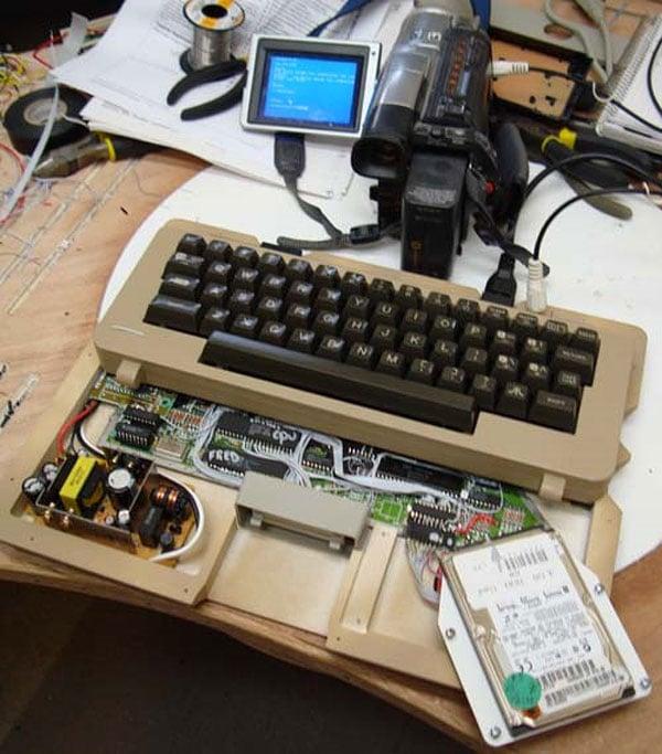 atari_800_laptop_guts