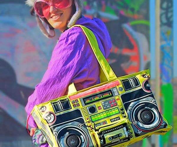 Boombox Bag With Built-in Speakers Doesn'T Play Cassette Tapes
