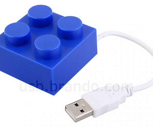 LEGO Brick USB Hub is Doing It Wrong
