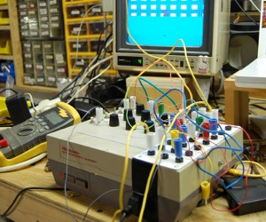 Circuit Bent NES Makes a Fun Video Synthesizer