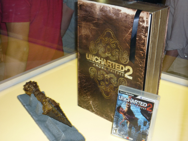 "Uncharted 2: Among Thieves ""Fortune Hunter"" Edition"