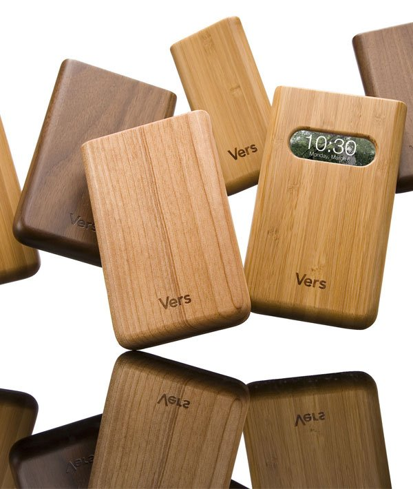 vers wooden iphone cases