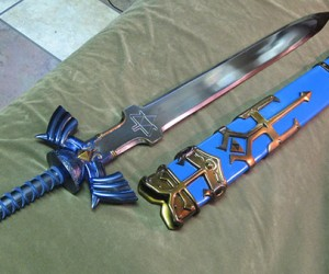 Master Sword & Hylian Shield Replicas: It'S Dangerous to Cosplay Alone! Take These.