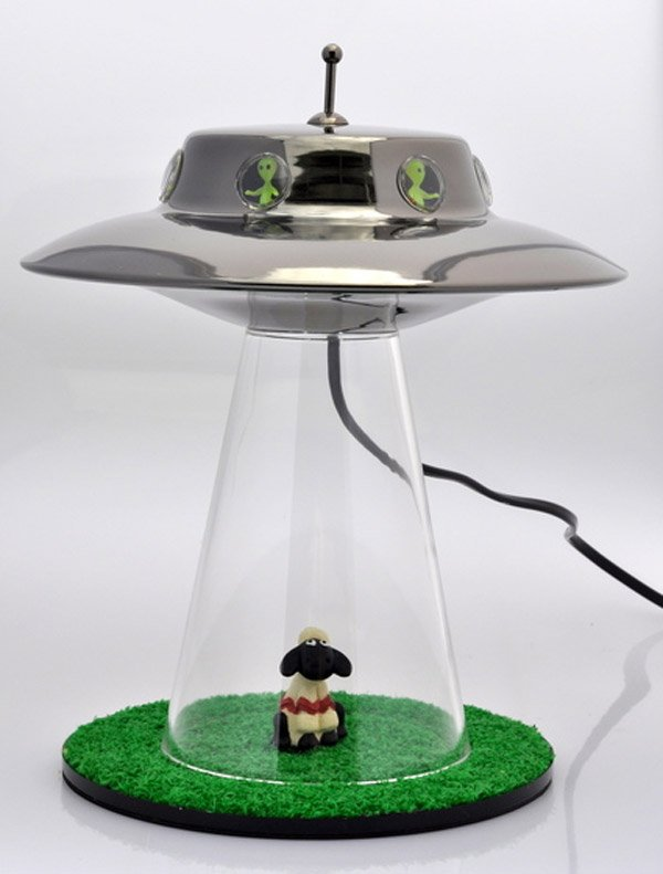 alien abduction lamp the aliens have finally landed