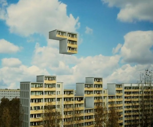 Berlin Block Tetris: Where Do You Go When Your Floor Disappears?