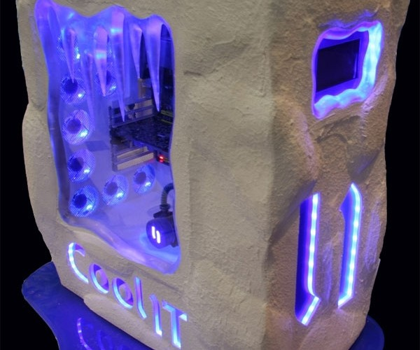 Coolit Pc Casemod Gives Me the Chills