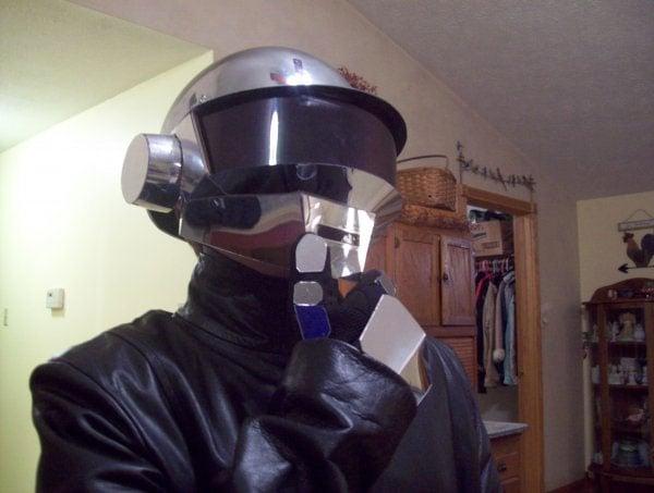 Daft_Punk_Helmet_1