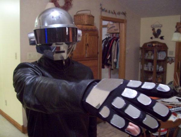 Daft_Punk_Helmet_3